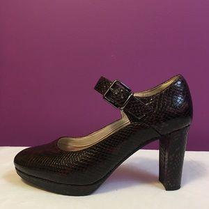 "Clark's Narrative pumps size 8 - heel: 3.5"""